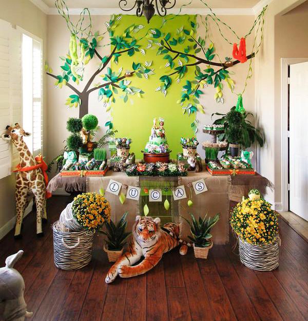 Jungle Theme Birthday Party  8 Cute Boy 1st Birthday Party Themes — DIY SWANK