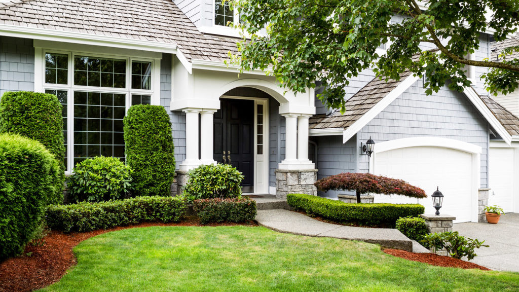 Landscape Design For Front Yards  Front Yard Landscaping Ideas to Try Now Before It s Too