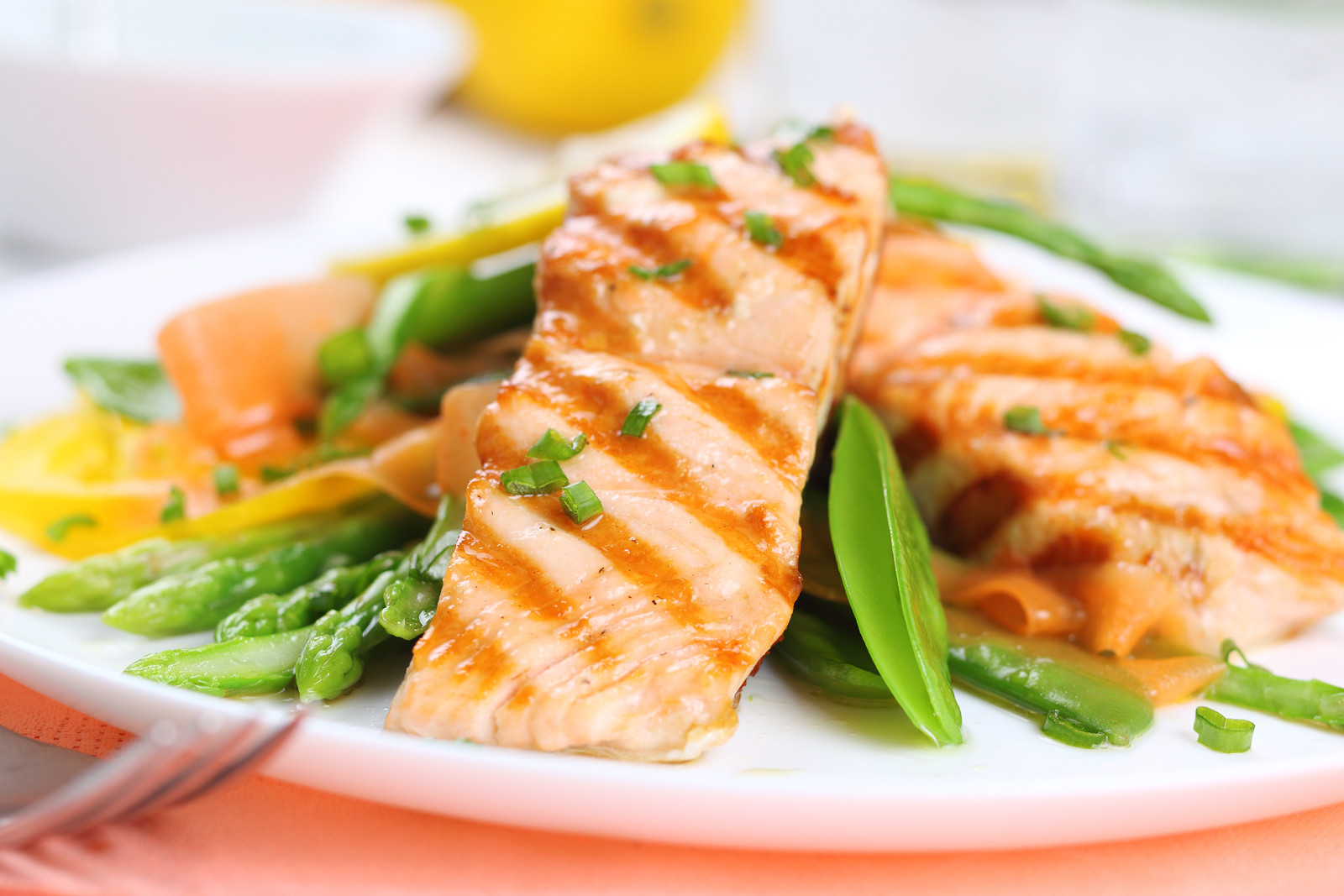 Low Cholesterol Salmon Recipes  4 Foods that Help Fight Cholesterol