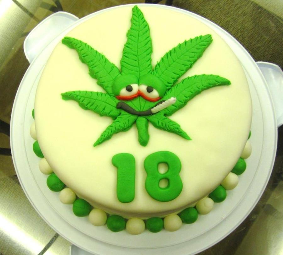 Marijuana Birthday Cake  Happy Smokin Birthday CakeCentral