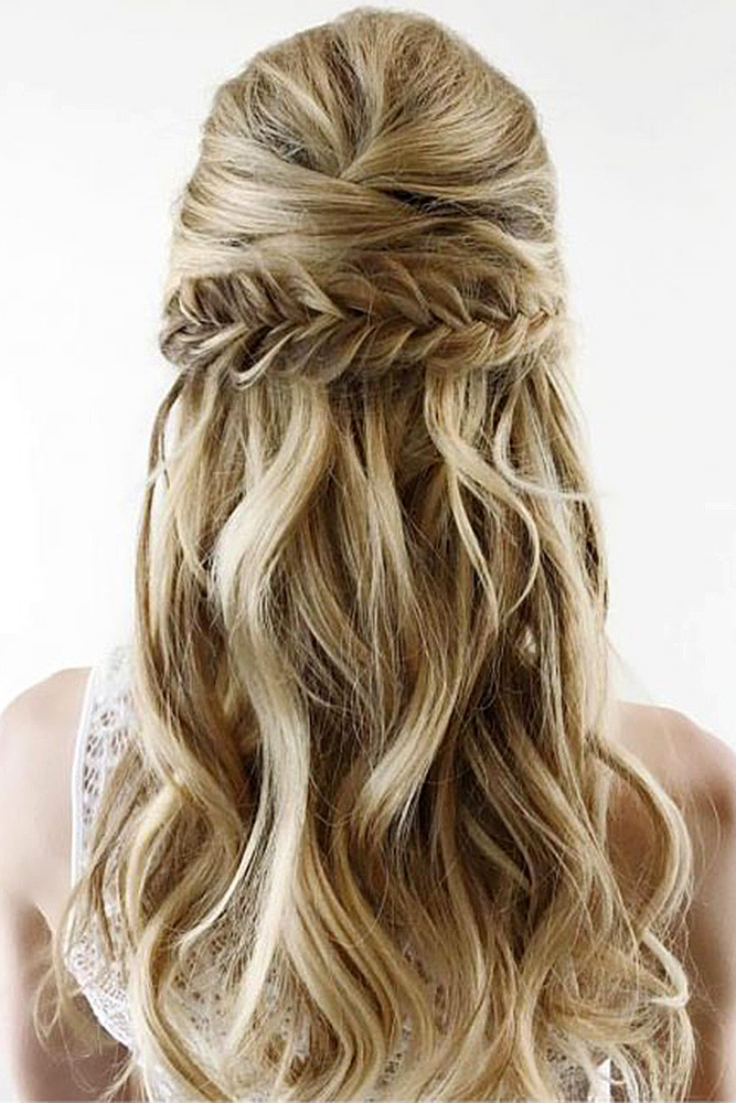 Medium Hairstyles For Wedding Guests  30 CHIC AND EASY WEDDING GUEST HAIRSTYLES – My Stylish Zoo