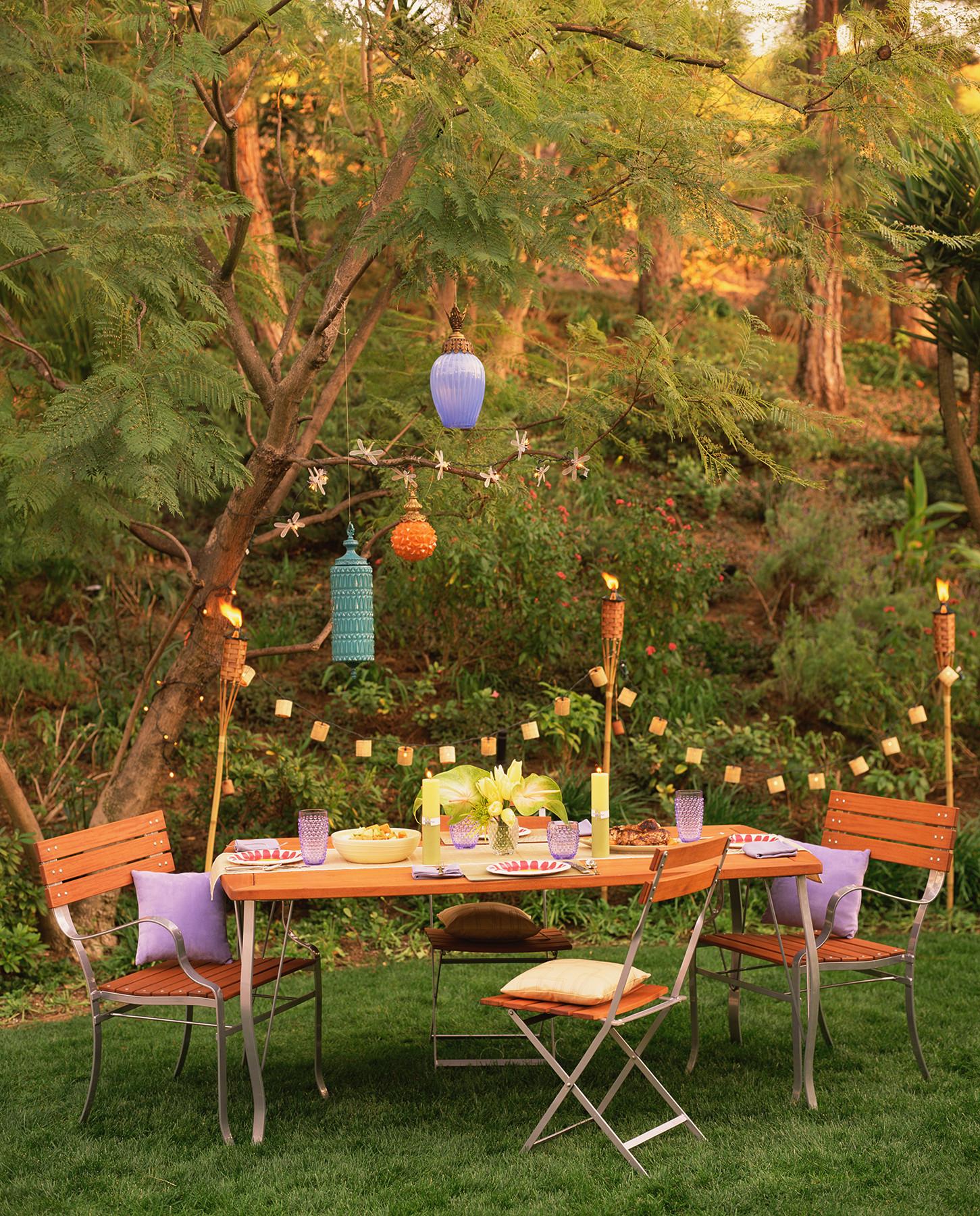 Outdoor Beach Party Ideas  17 Outdoor Party Ideas for an Effortless Backyard