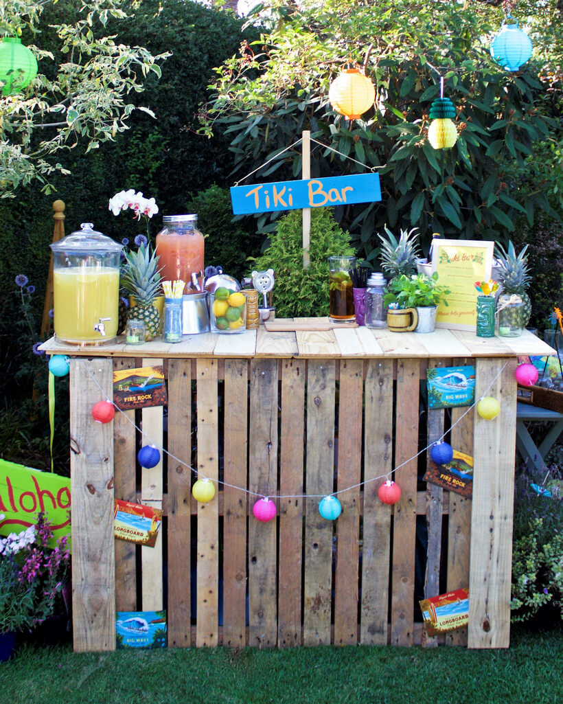 Outdoor Beach Party Ideas  Awesome Ideas for Wood Pallets Made Bars