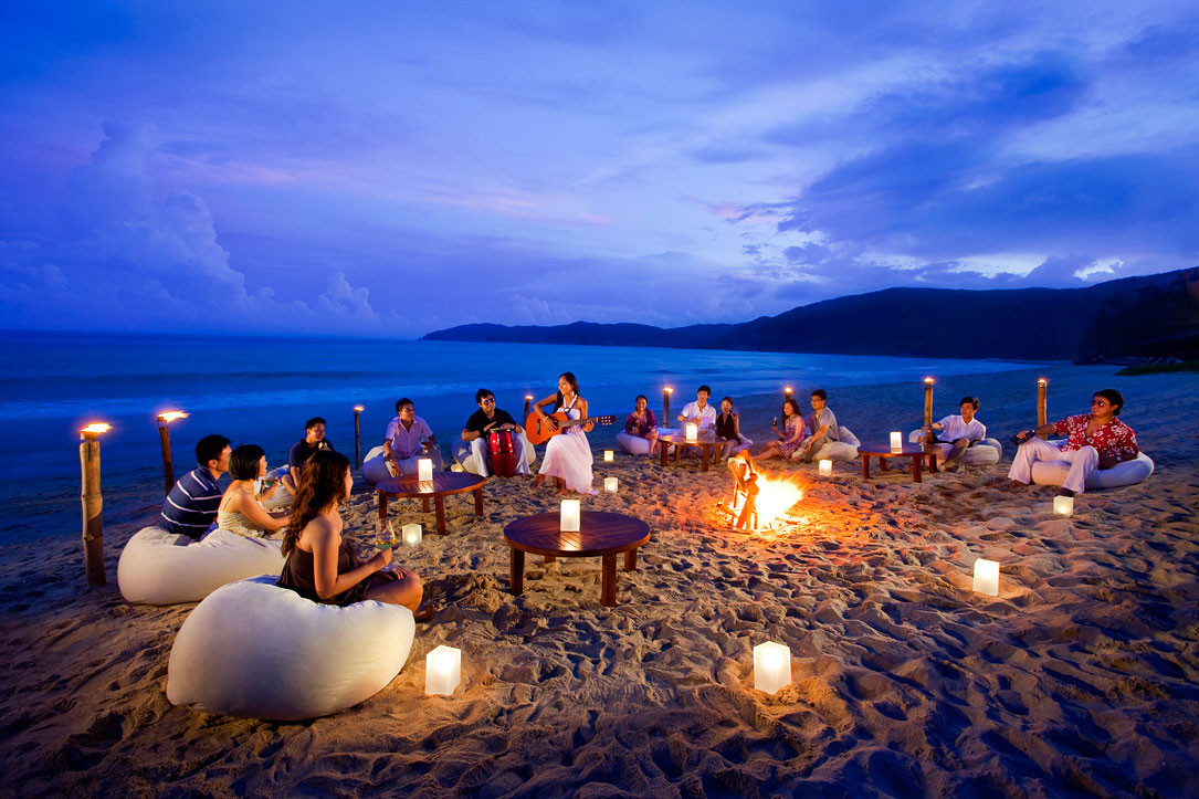 Outdoor Beach Party Ideas  How To Throw The Perfect Outdoor Summer Party