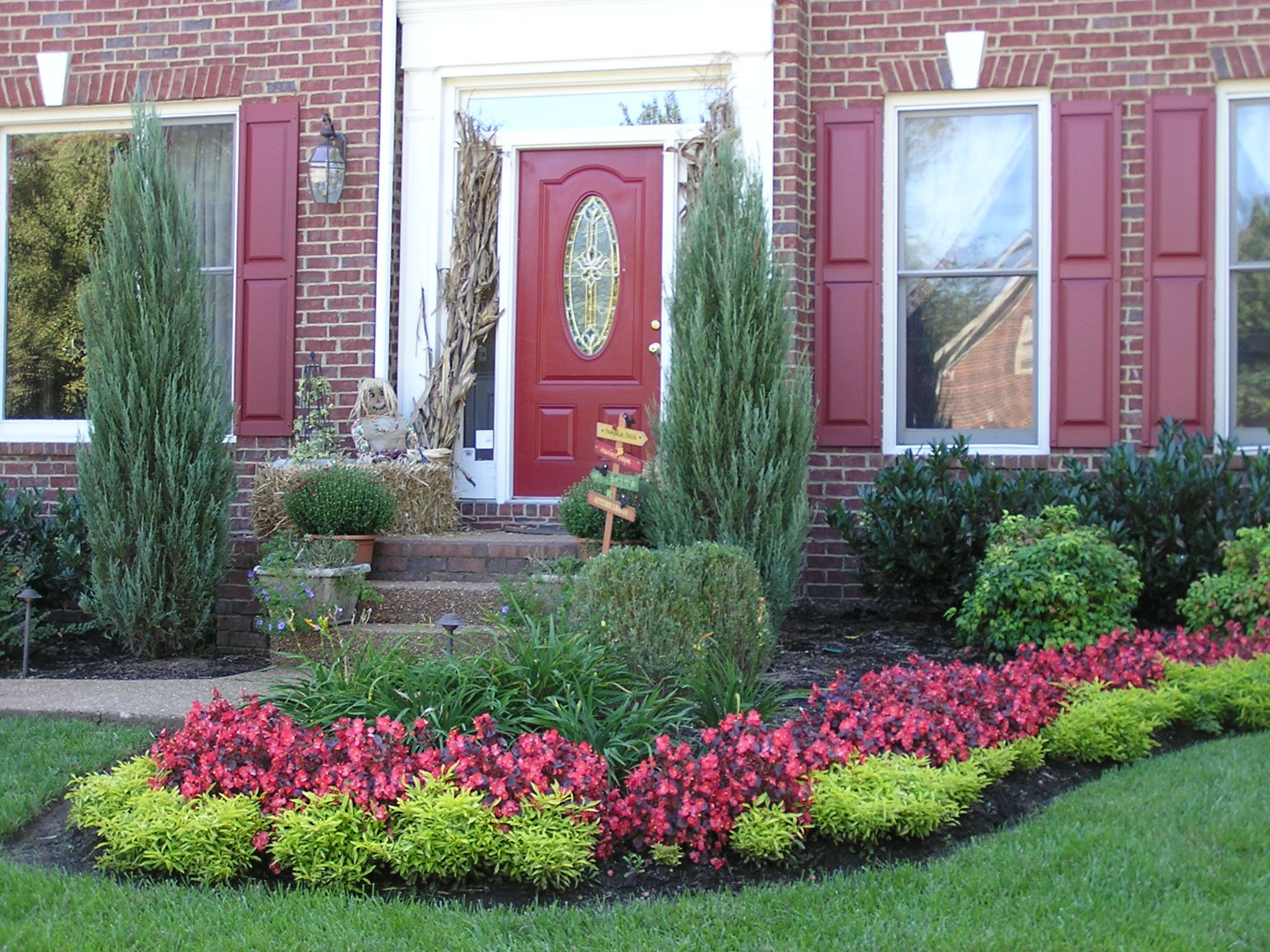 Outdoor Landscape Curb Appeal  Learn about Curb Appeal at Canada Blooms