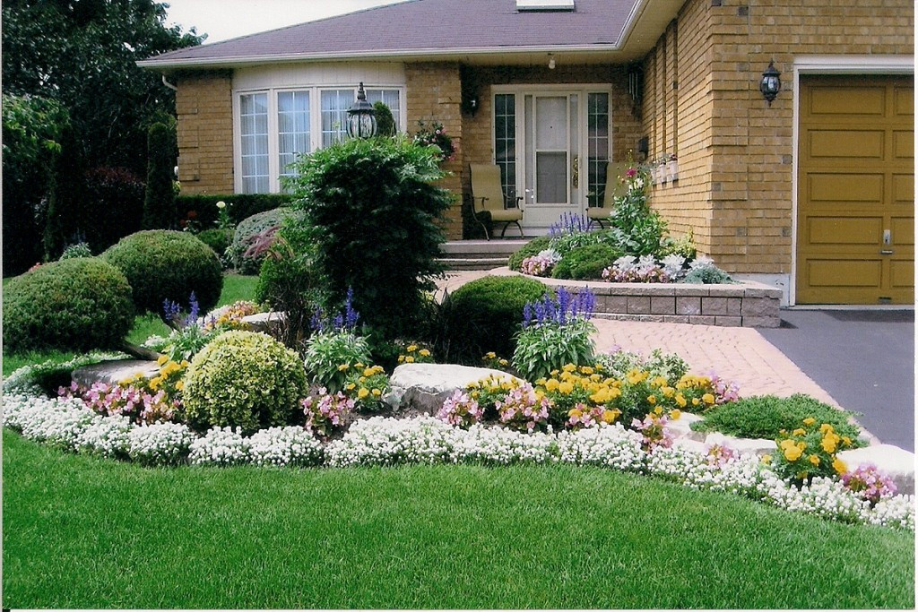 Outdoor Landscape Curb Appeal  The Wyss Report Curb Appeal Can Curb Buyer Enthusiasm