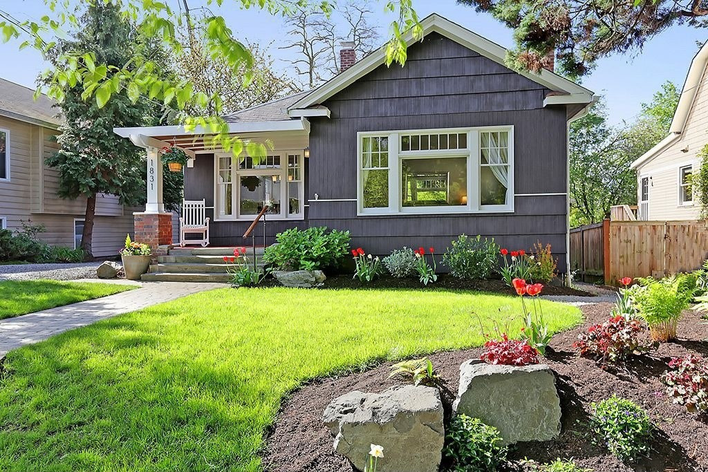 Outdoor Landscape Curb Appeal  4 DIY Tips for Boosting Curb Appeal