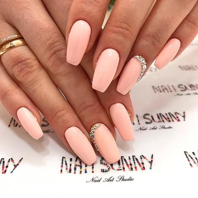 Peach Nail Designs  27 Exquisite Ideas For Peach Color Nails