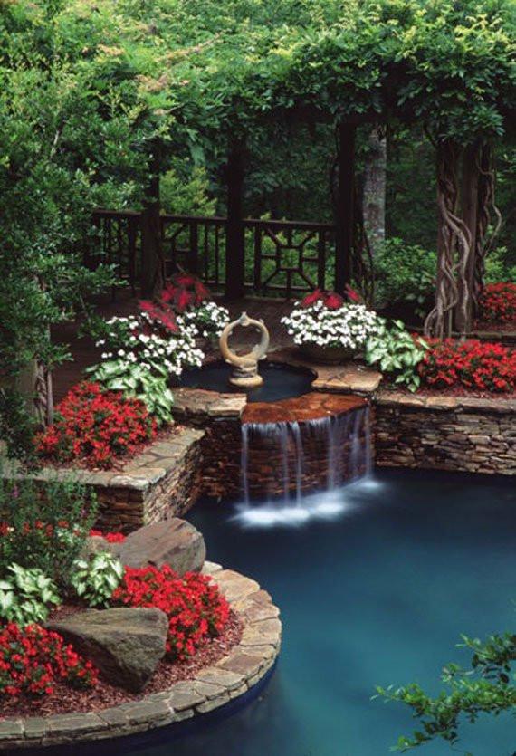 Pond In Backyard  30 Beautiful Backyard Ponds And Water Garden Ideas