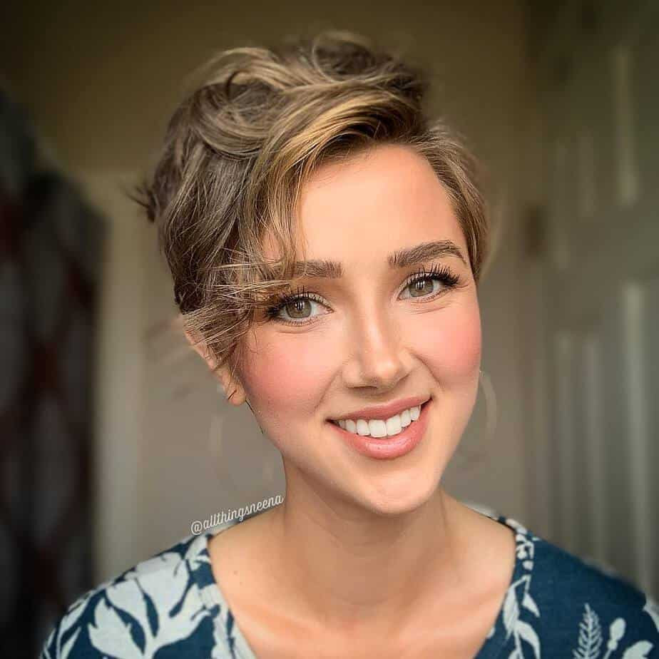 Popular Womens Hairstyles 2020  Top 15 most Beautiful and Unique womens short hairstyles