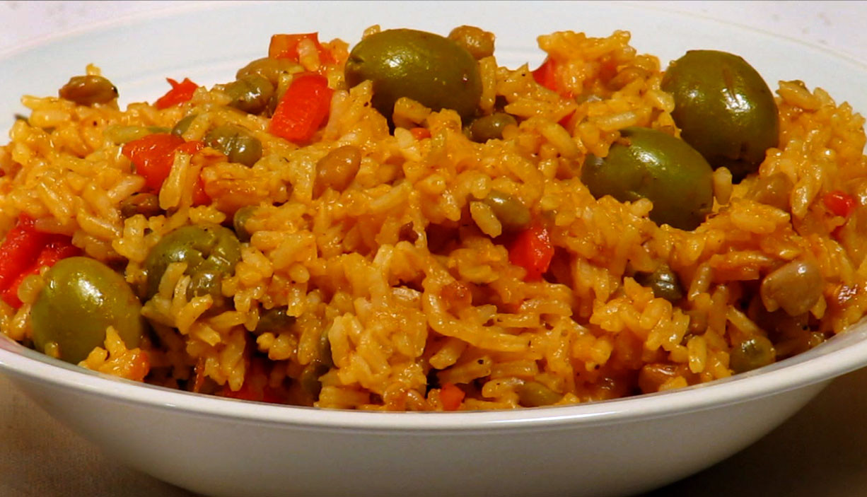 Puerto Rican Main Dishes  Arroz con Gandules is the national dish of Puerto Rico