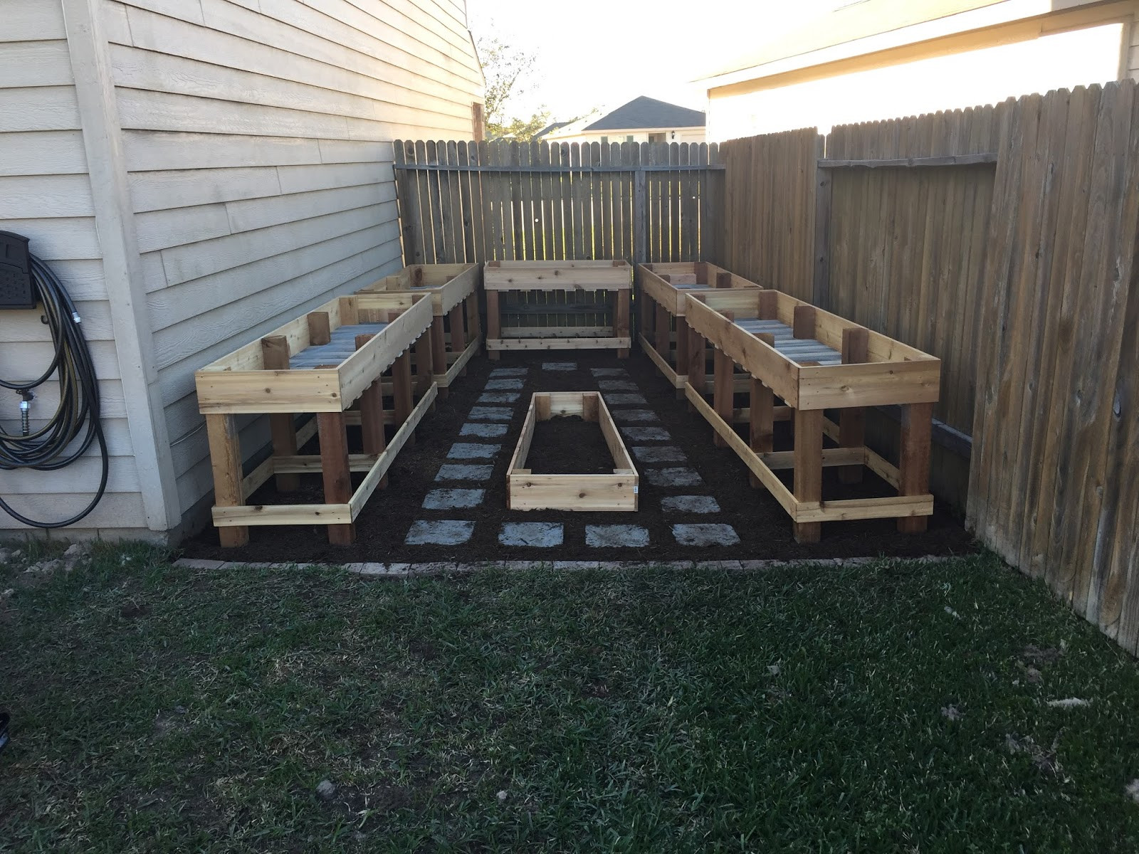 Raised Garden Boxes DIY  The Wellness PA C DIY Raised Garden Beds