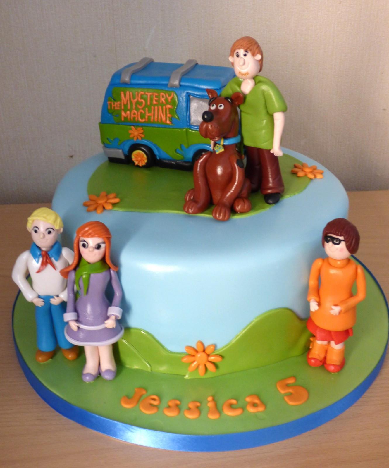 Scooby Doo Birthday Cakes  Scooby Doo and Friends Birthday Cake Susie s Cakes