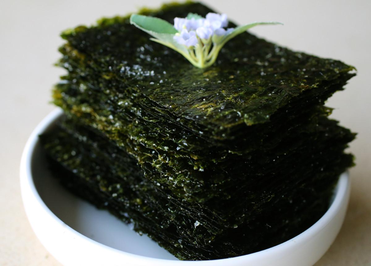 Seaweed Snacks Recipe  Roasted seaweed sheets Gim gui recipe Maangchi