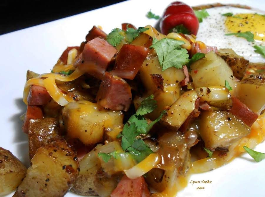 Side Dishes For Grilled Sausage  Grilled sausage and potato hash Recipe