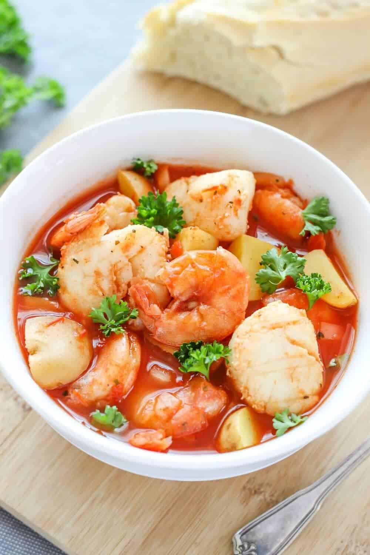 Slow Cooker Seafood Stew  Slow Cooker Seafood Stew Recipe I Heart Naptime