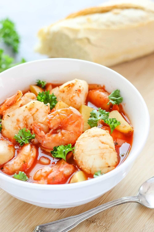 Slow Cooker Seafood Stew  Slow Cooker Seafood Stew I Heart Nap Time