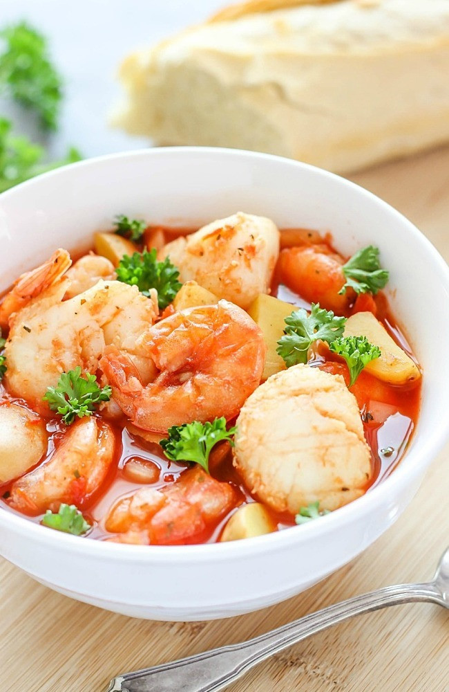 Slow Cooker Seafood Stew  Surprisingly Light Slow Cooker Recipes for Spring