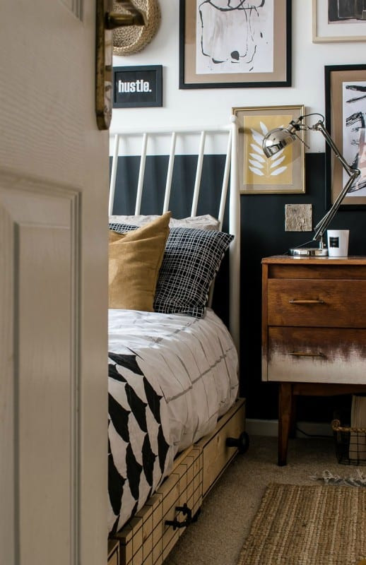 Small Bedroom Makeover  Remodelaholic