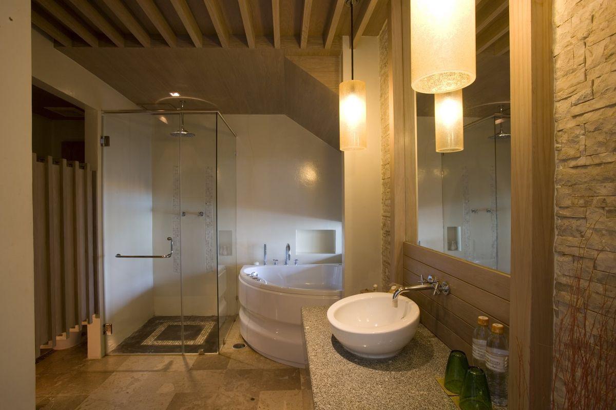 Small Spa Bathroom  Small Spa Bathroom Design Ideas