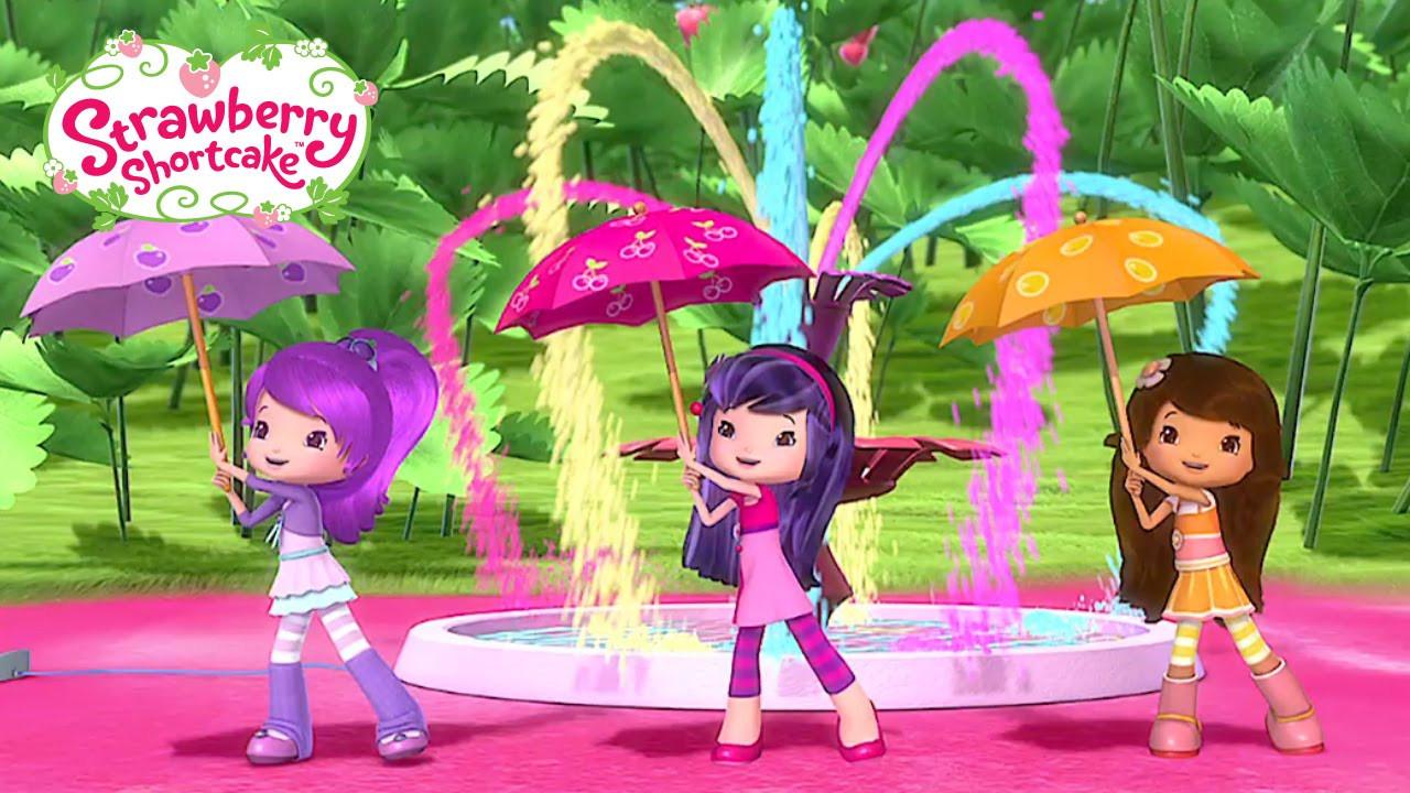"Strawberry Shortcake Youtube  Strawberry Shortcake ""Spring Showers Fashion Show"""