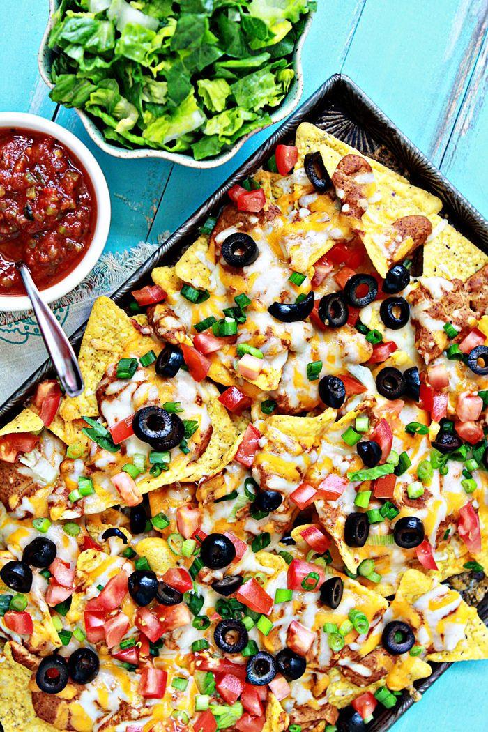 Super Bowl Mexican Recipes  Ultimate Easy Nachos Recipe for the Super Bowl