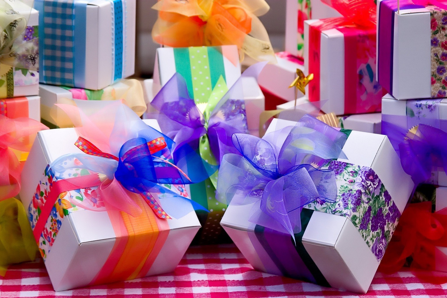 Top Birthday Gifts For Her  Birthday Free Gifts