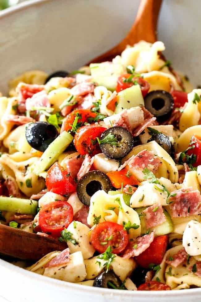 Tortellini Pasta Salad With Italian Dressing  BEST Italian Pasta Salad with Tortellini