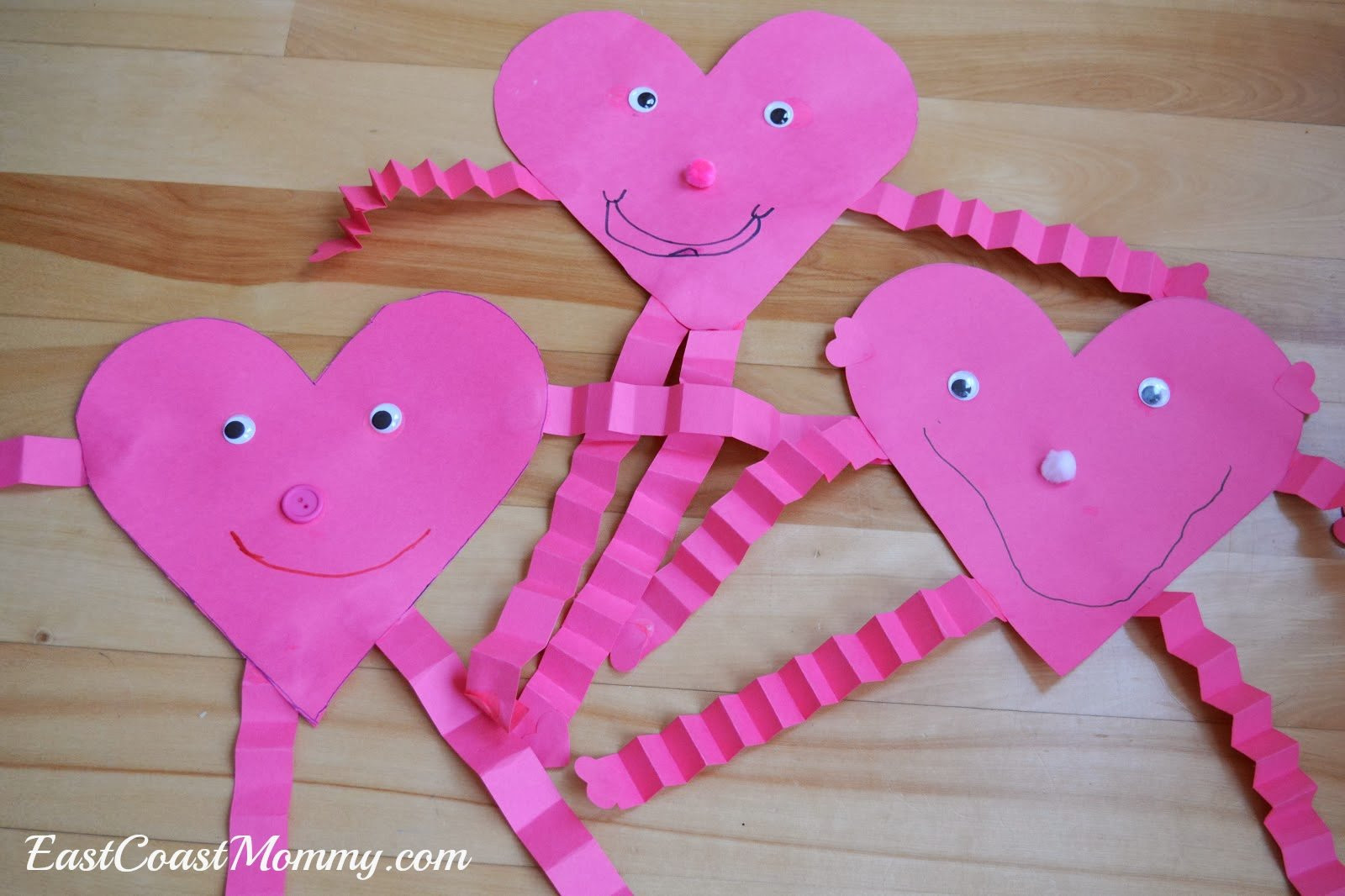 Valentine'S Day Craft Ideas For Preschoolers  12 Easy Valentine Crafts for Toddlers & Preschoolers You