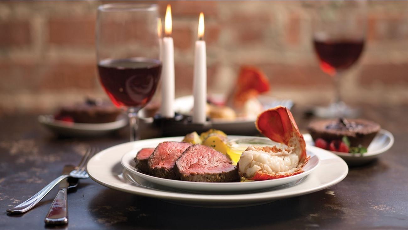 Valentine'S Day Dinner  Valentine s Day restaurant specials