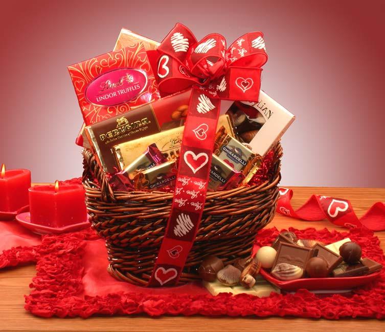 Valentines Candy Gift Ideas  Valentine Gift Baskets Ideas InspirationSeek