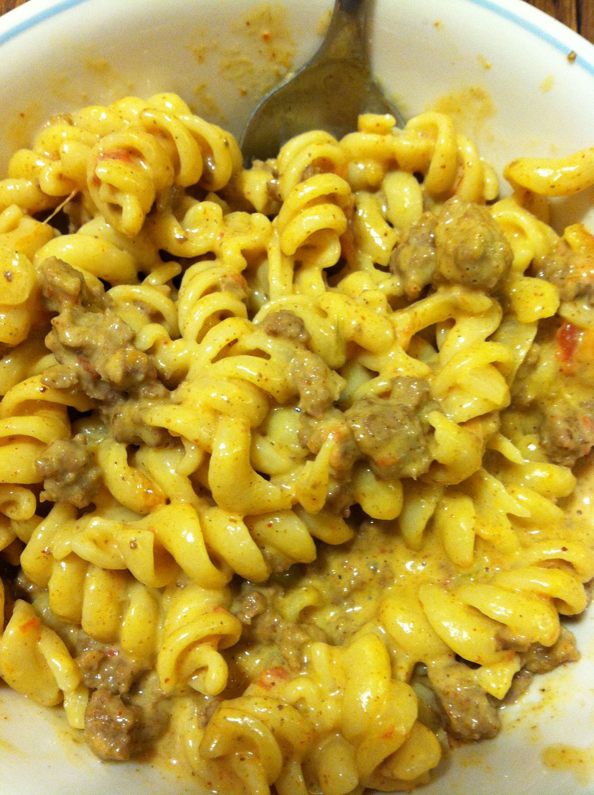 Velveeta Mac And Cheese Recipes With Ground Beef  recipes with ground beef pasta and velveeta cheese