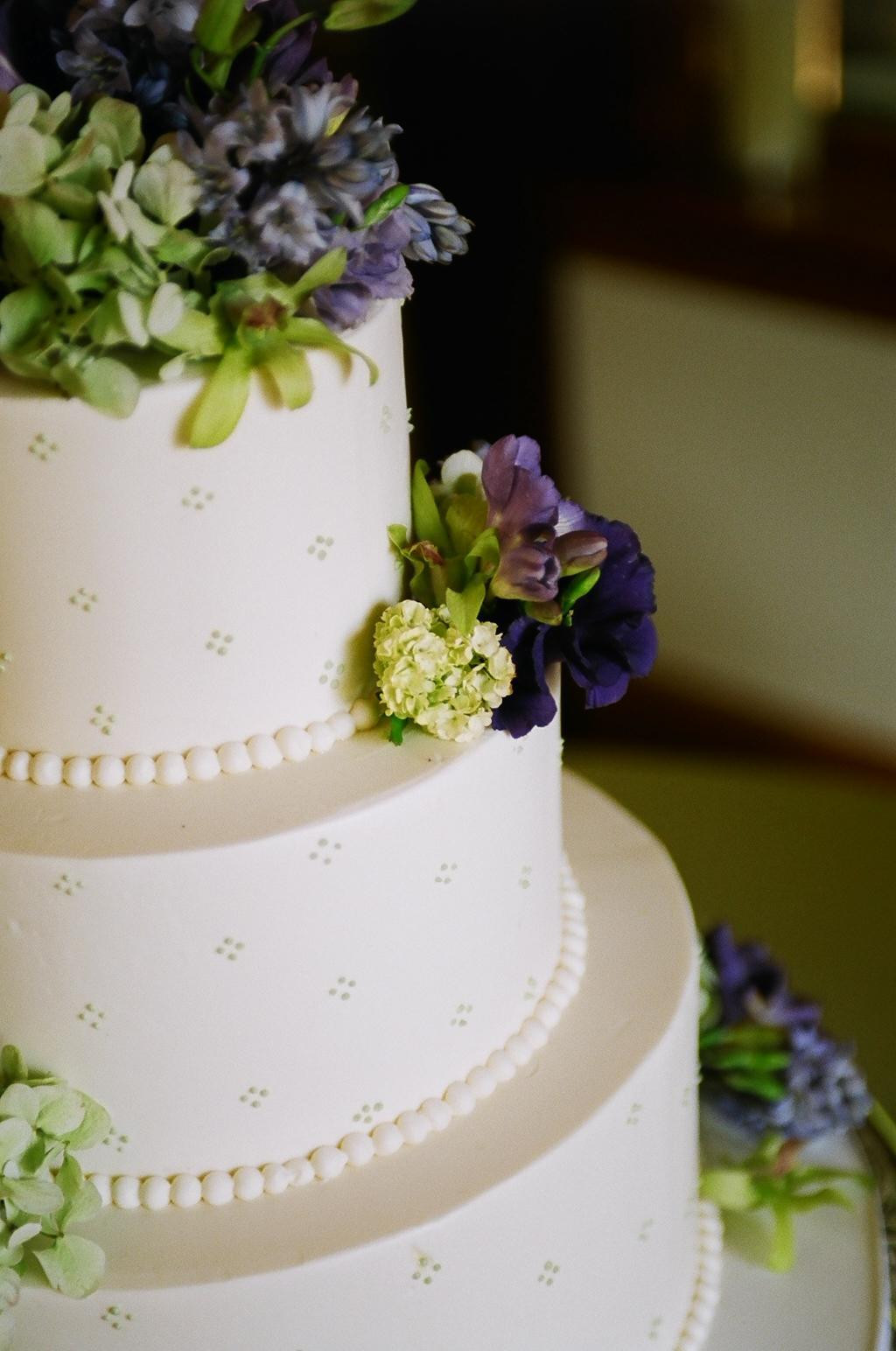 Wedding Cakes Simple  Let Them Eat Cake Elizabeth Anne Designs The Wedding Blog