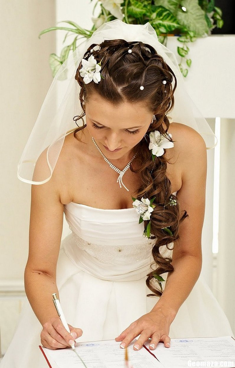 Wedding Veils With Long Hair  Wedding Hairstyles For Long Hair s