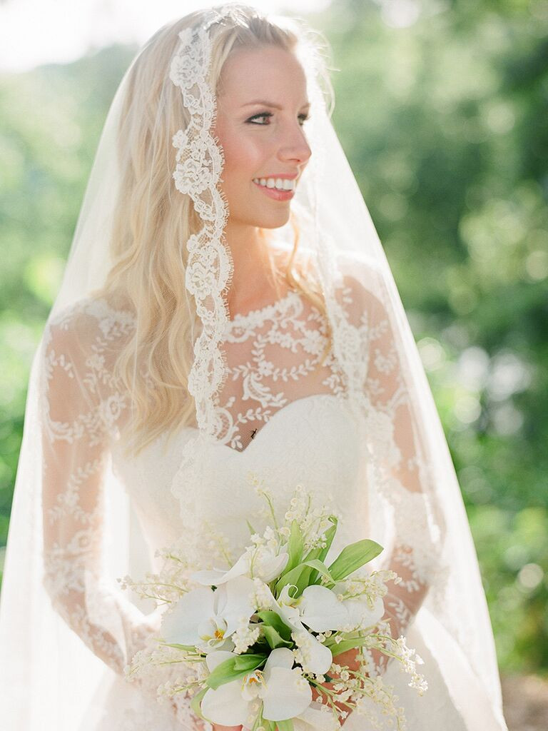 Wedding Veils With Long Hair  20 Wedding Hairstyles for Long Hair With Veils