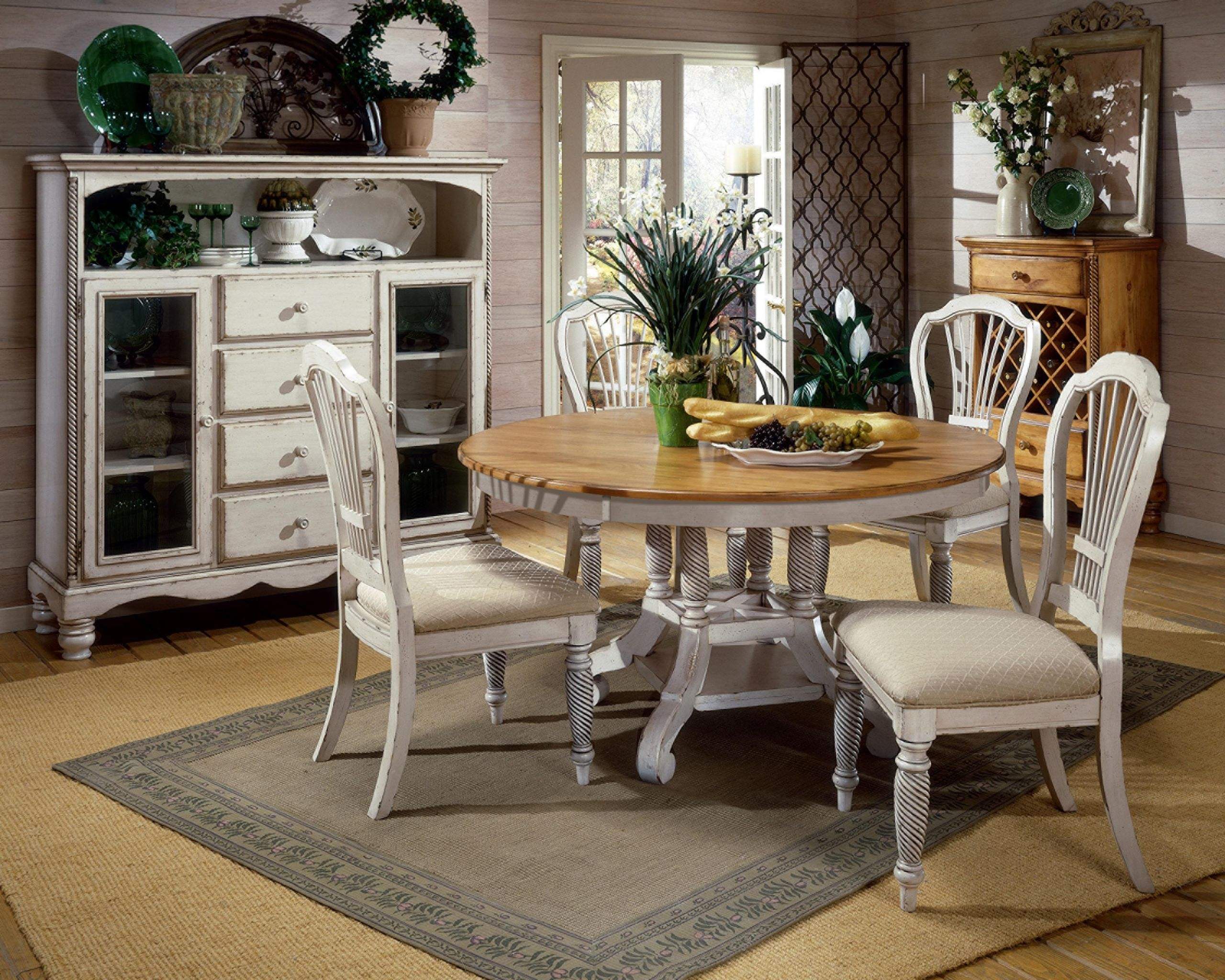 White Kitchen Bench  Beautiful White Round Kitchen Table and Chairs – HomesFeed