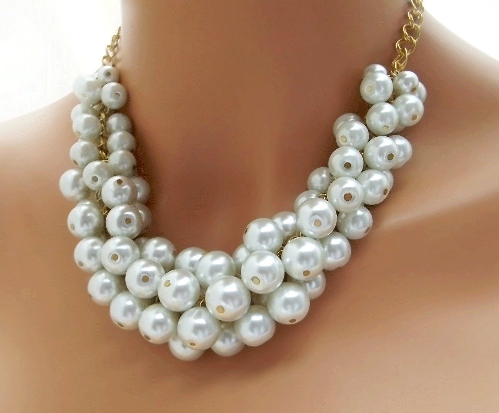 White Pearl Necklace  Chunky Pearl Necklace White Pearl Necklace Pearl