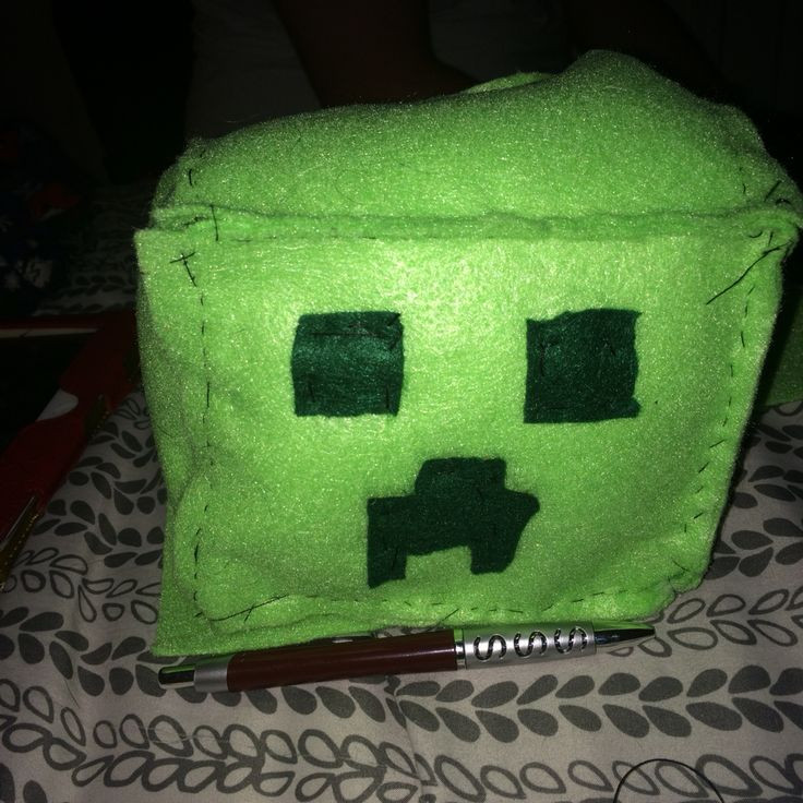 Word Whizzle Backyard  DIY creeper head from mine craft Super easy and cute